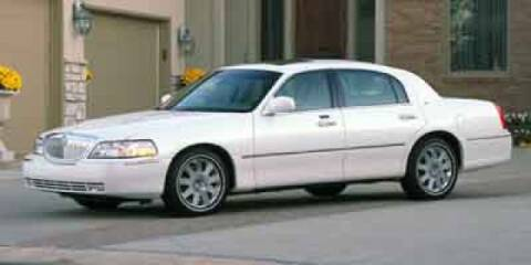 2004 Lincoln Town Car Signature for sale at Jacky Jones Lincoln -  Jacky Jones Lincoln in Gainesville GA