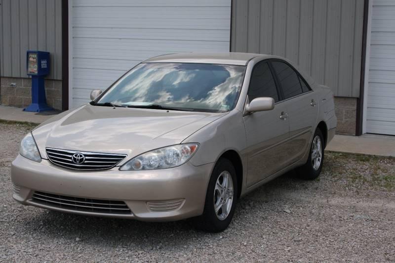 2005 Toyota Camry LE 4dr Sedan - Poplar Bluff MO
