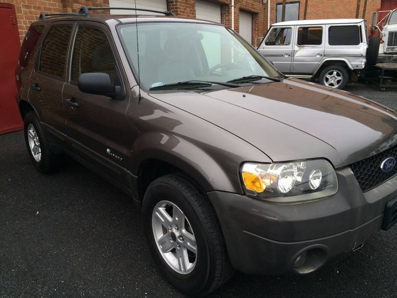 2005 Ford Escape Hybrid 4dr Suv In Rockville Md Bm Automotive