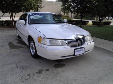 2000 Lincoln Town Car for sale in Bossier City, LA