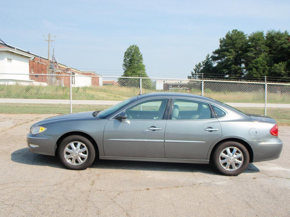 2005 BUICK LACROSSE CXL 4DR SEDAN gray new set of tiresin dash cd changeranti theft systemfron