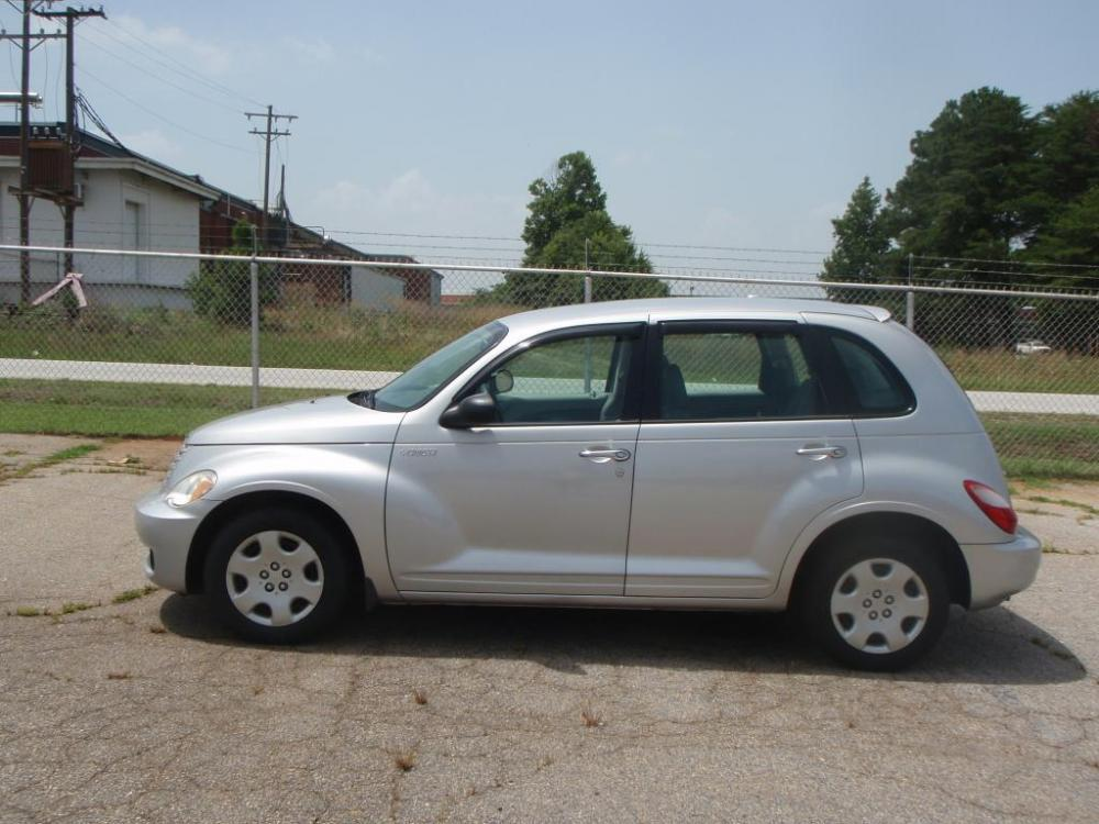 2009 CHRYSLER PT CRUISER BASE 4DR WAGON silver 24 liter 4 cylinderbrite inside and outside door