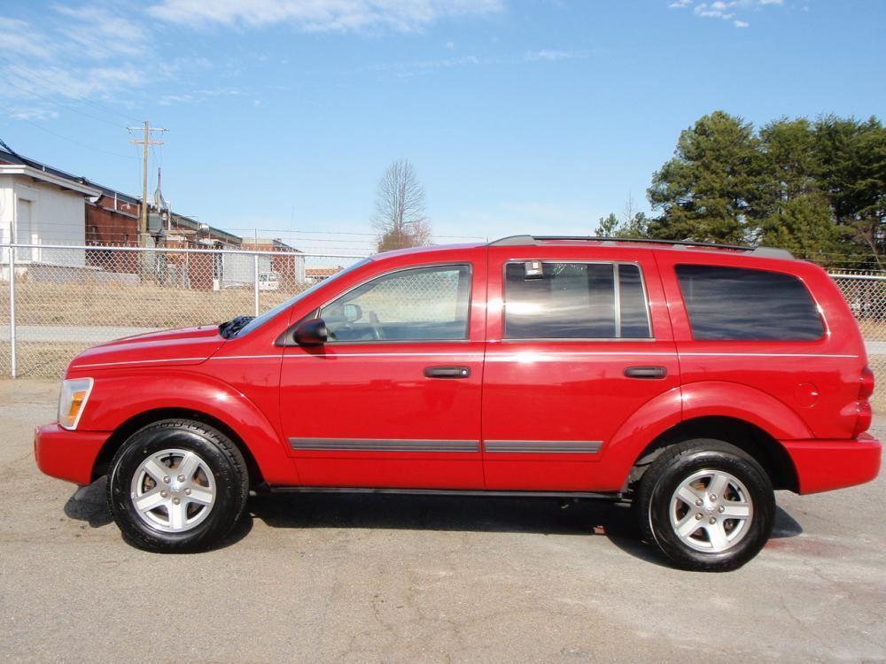 2006 DODGE DURANGO SLT 4DR SUV red 2 new tires om frontin dash cd changerrear entertainment syt