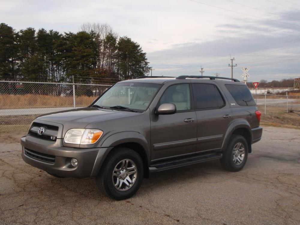 2007 TOYOTA SEQUOIA SR5 4DR SUV gray 47 liter v817 inch alloy wheelsmichelin tires8 passenger