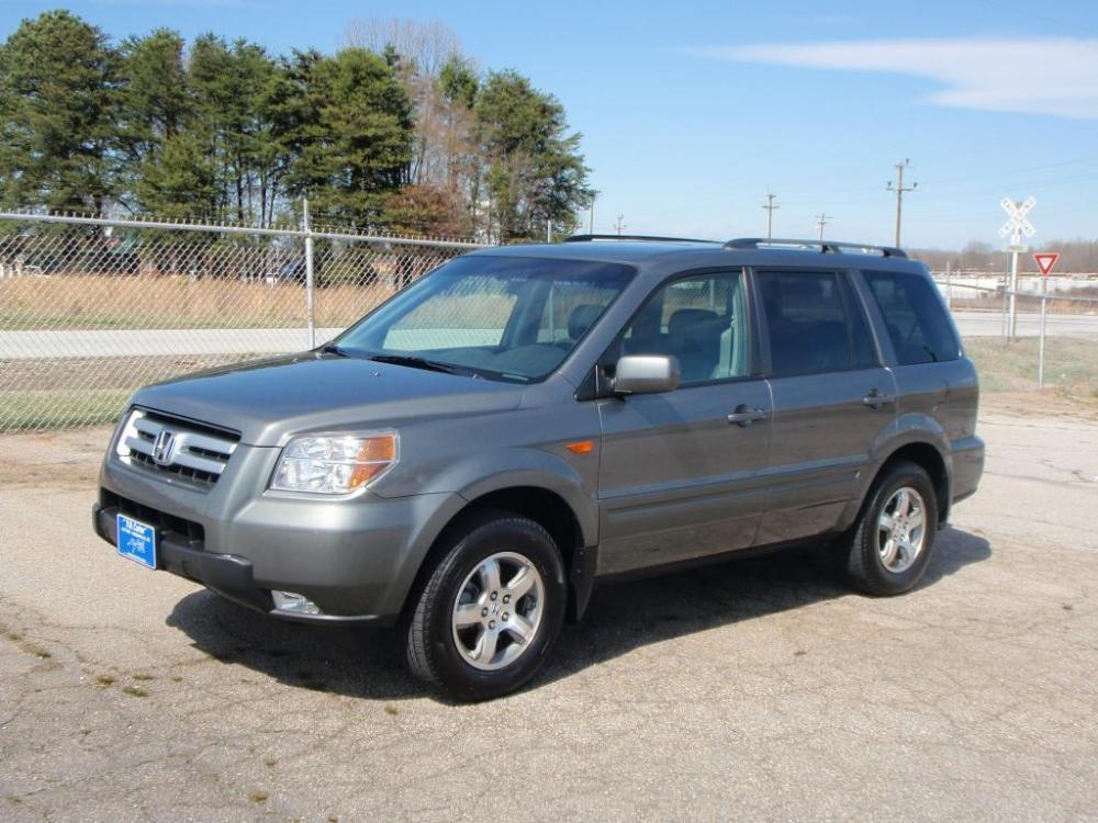 2007 HONDA PILOT EX-L WNAVI 4DR SUV WNAVI gray 35 liter v616 inch alloy wheelsmichelin tires