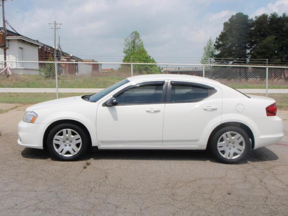 2011 DODGE AVENGER EXPRESS 4DR SEDAN white 24 liter 4 cylindernew set of tiresamfm compact di