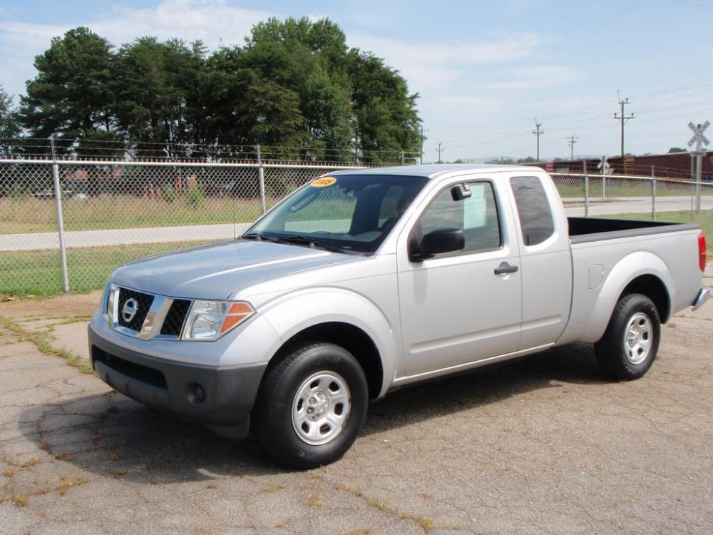 2005 NISSAN FRONTIER XE 4DR KING CAB RWD SB silver xe king cab25 liter 4 cylinder5 speednew s