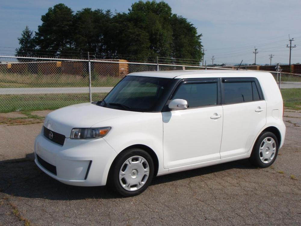 2008 SCION XB BASE 4DR WAGON 4A white 24 liter 4 cylinder16 inch wheelsfront and rear curtain