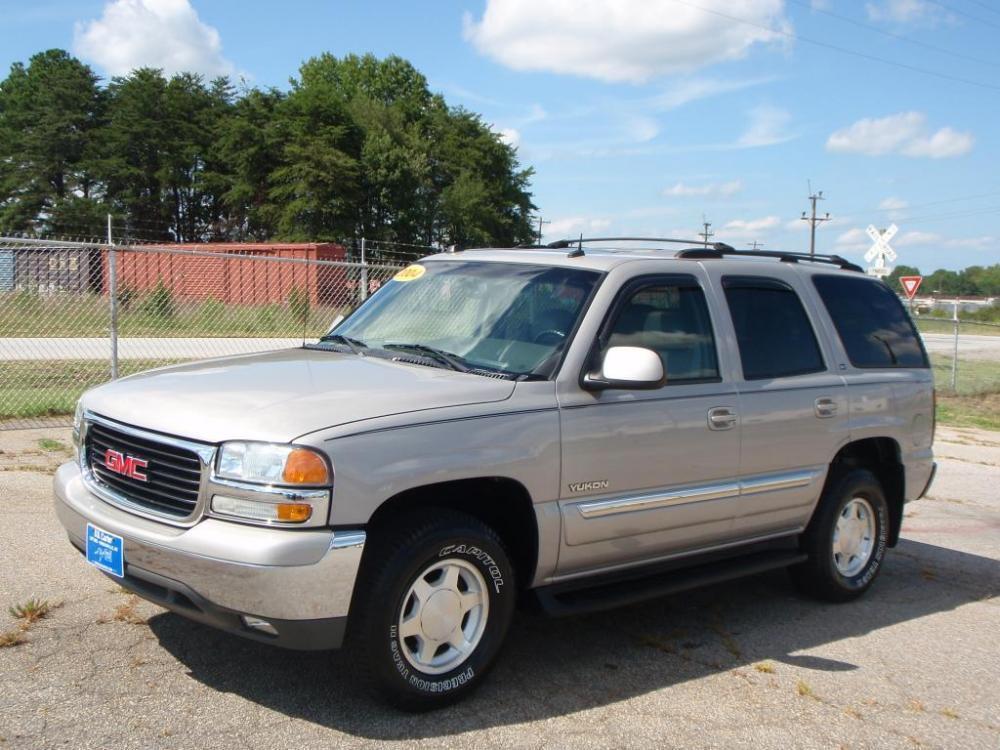 2004 GMC YUKON SUV gray 53 liter v816 inch alloy wheelsnew set of tiresfog lightsrunning boa