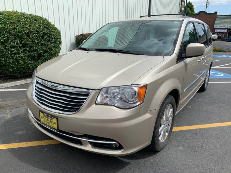 2014 Chrysler Town and Country for sale at DAVENPORT MOTOR COMPANY in Davenport WA