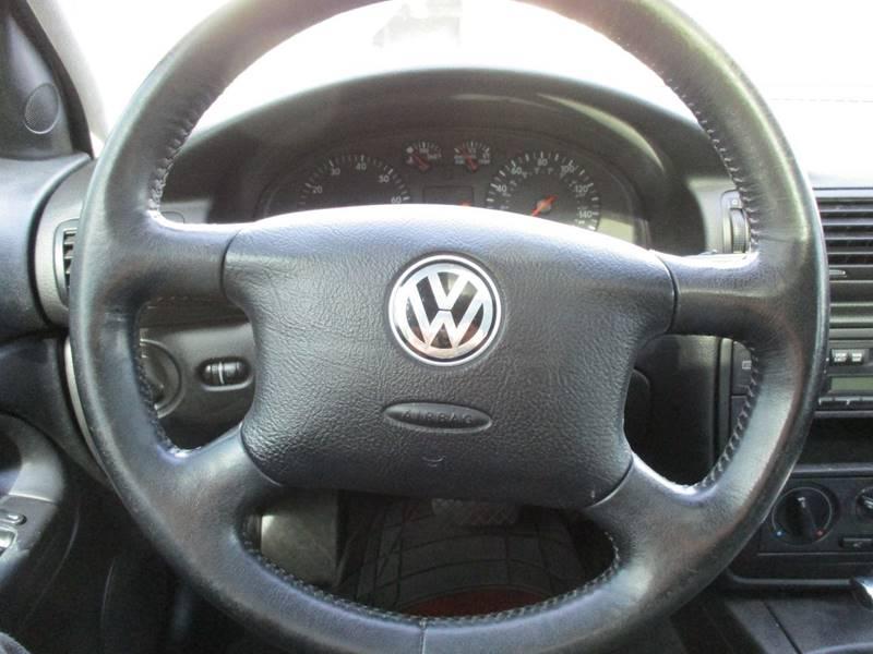 2000 Volkswagen Passat 4dr GLS 1.8T Turbo Wagon - Des Moines WA