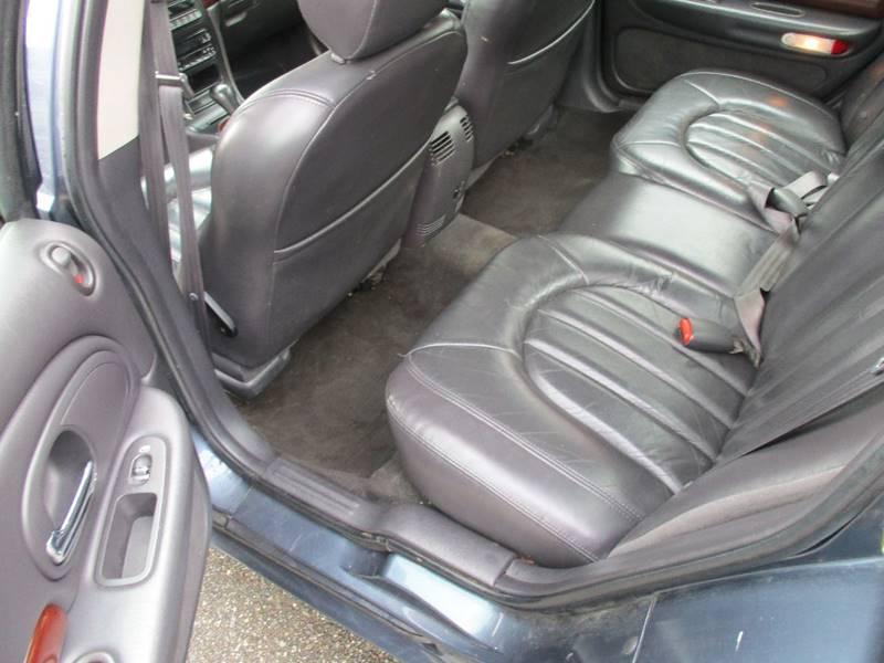 2000 Chrysler LHS 4dr Sedan - Des Moines WA