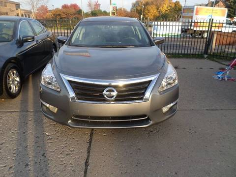 2014 Nissan Altima for sale in Saint Paul, MN