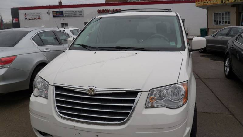 2010 Chrysler Town and Country for sale at Minuteman Auto Sales in Saint Paul MN