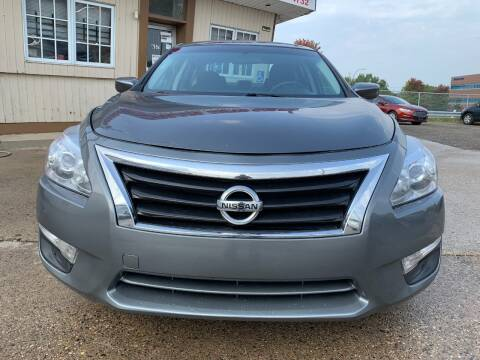 2014 Nissan Altima for sale at Minuteman Auto Sales in Saint Paul MN