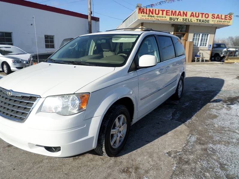 2009 Chrysler Town and Country for sale at Minuteman Auto Sales in Saint Paul MN