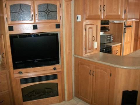 2008 Keystone Montana 3400RL