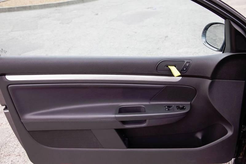 2008 Volkswagen R32 AWD 2dr Hatchback - Virginia Beach VA