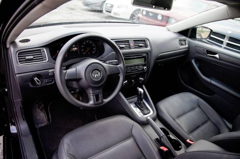 2011 Volkswagen Jetta SE 4dr Sedan 6A w/ Convenience - Virginia Beach VA