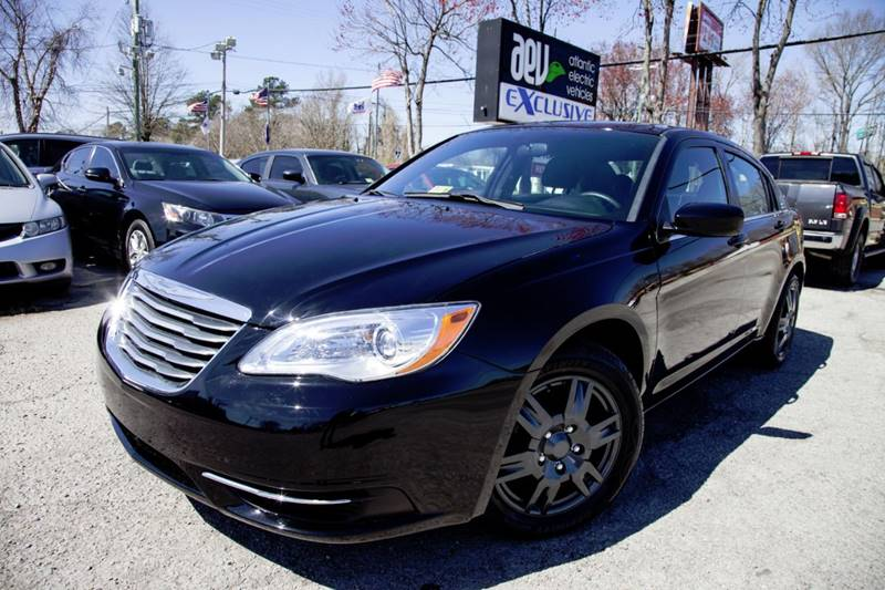 2014 Chrysler 200 LX 4dr Sedan - Virginia Beach VA