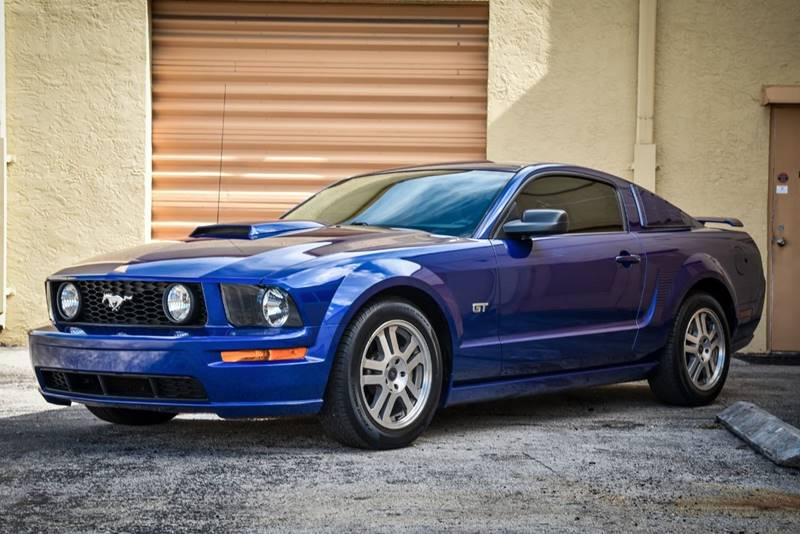2005 Ford Mustang GT Premium 2dr Coupe - Sunrise FL