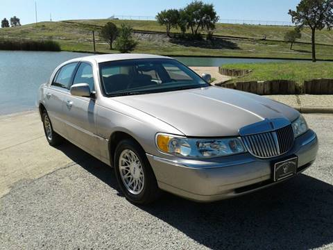 1999 Lincoln Town Car for sale in Lubbock, TX
