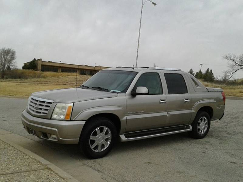 crew sb in c d awd sold ext escalade veh cadillac lancaster pa cab
