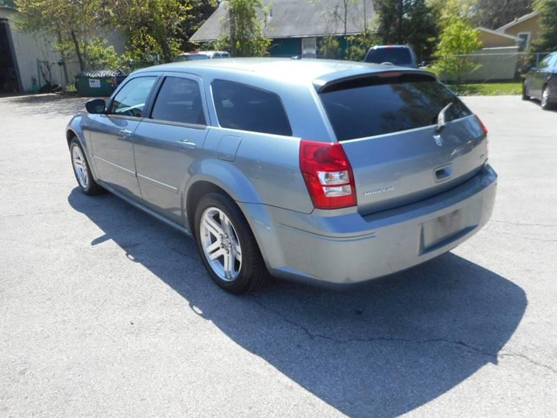 2006 Dodge Magnum SXT 4dr Wagon - Plano IL