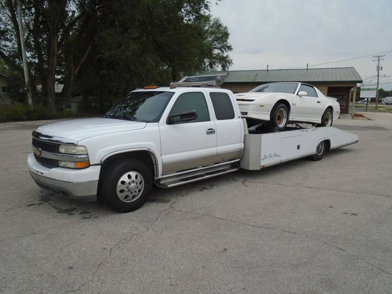 2001 Chevrolet Silverado 3500 for sale at RJ Motors in Plano IL