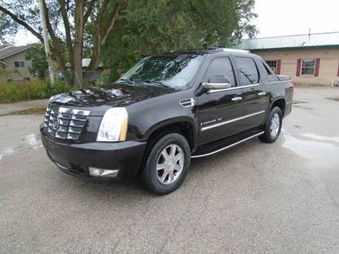 2007 Cadillac Escalade EXT for sale at RJ Motors in Plano IL