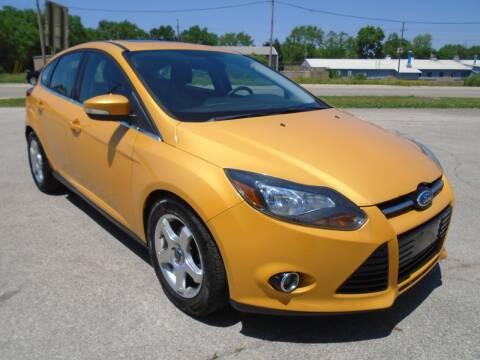 2012 Ford Focus Titanium for sale at RJ Motors in Plano IL