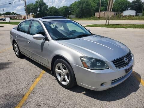 2005 Nissan Altima for sale at RJ Motors in Plano IL