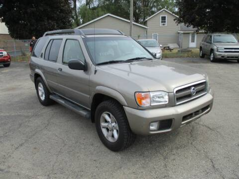 2004 Nissan Pathfinder for sale at RJ Motors in Plano IL