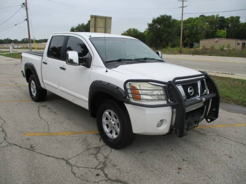 2004 Nissan Titan for sale at RJ Motors in Plano IL