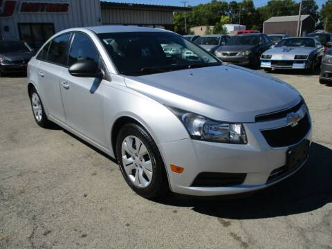 2013 Chevrolet Cruze for sale at RJ Motors in Plano IL