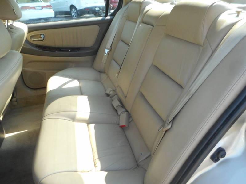 2002 Nissan Maxima GLE 4dr Sedan - Plano IL