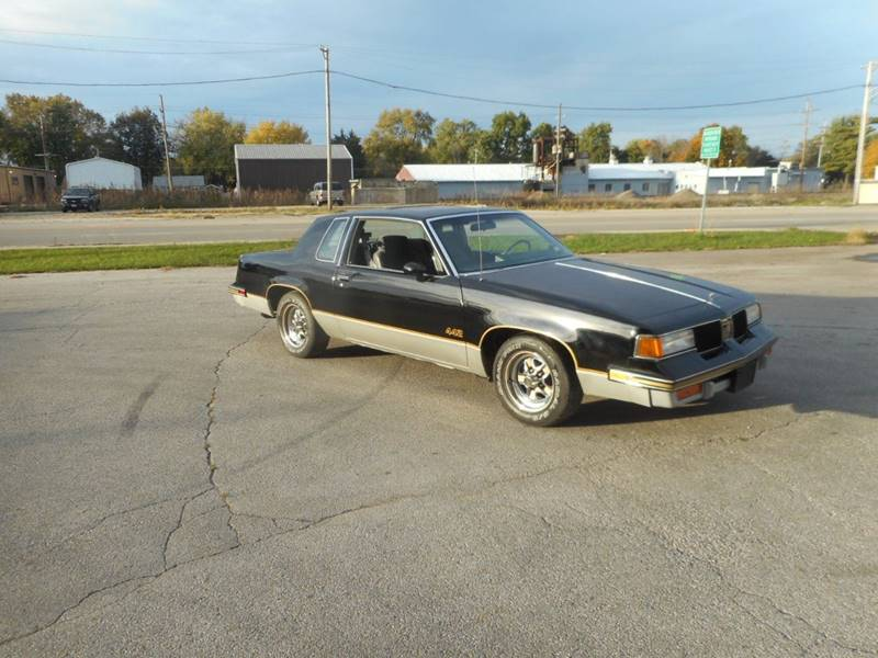 1987 OLDSMOBILE CUTLASS SUPREME BASE 2DR COUPE black front air conditioning cruise control powe