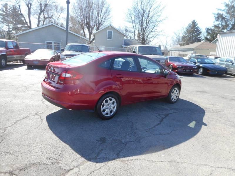 2012 Ford Fiesta SE 4dr Sedan - Plano IL