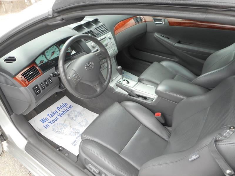 2006 Toyota Camry Solara SLE V6 2dr Convertible - Plano IL