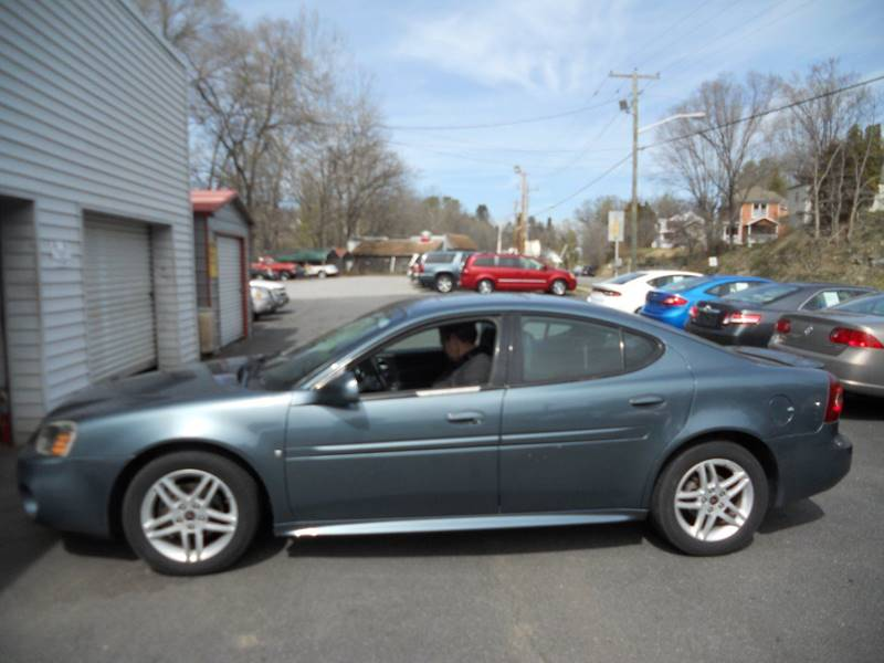 2006 pontiac grand prix gt 4dr sedan in pulaski va ike 39 s. Black Bedroom Furniture Sets. Home Design Ideas