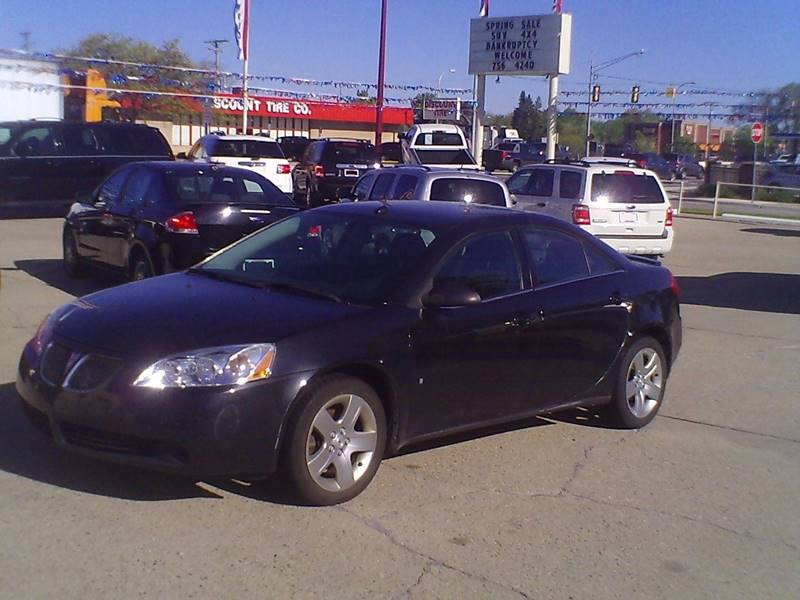 2008 Pontiac G6 4dr Sedan - Center Line MI