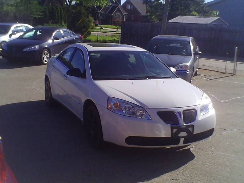 2007 Pontiac G6 4dr Sedan - Center Line MI