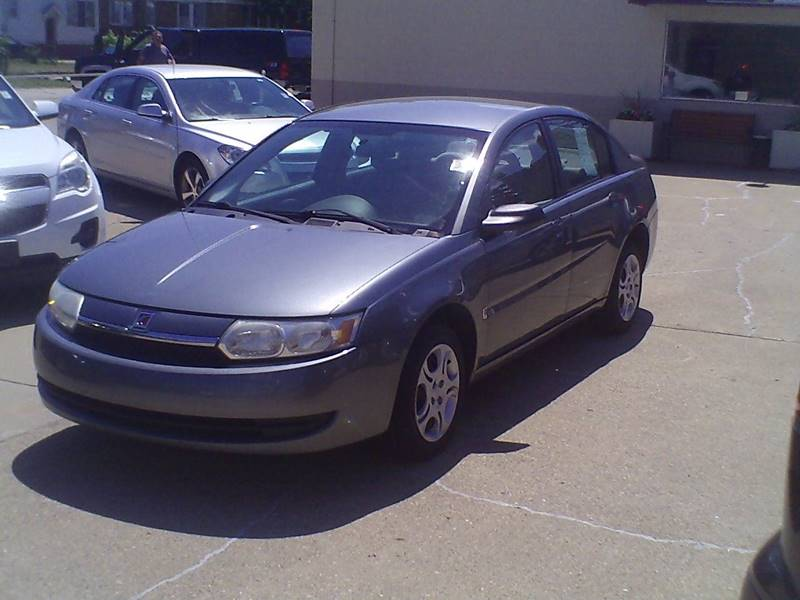 2004 Saturn Ion 2 4dr Sedan - Center Line MI