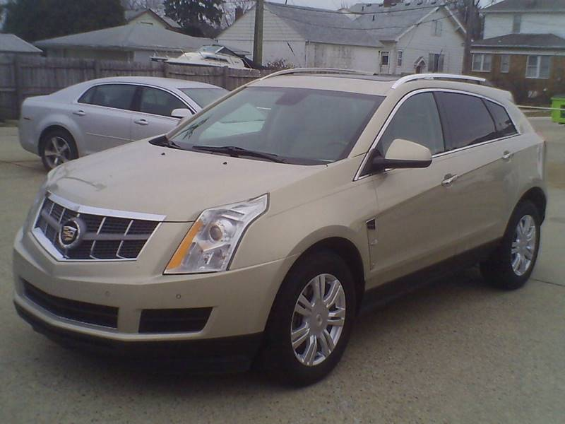 2011 Cadillac Srx Luxury Collection 4dr SUV In Center Line MI - Fred