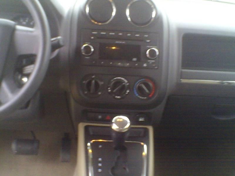 2009 Jeep Patriot Sport 4dr SUV - Center Line MI