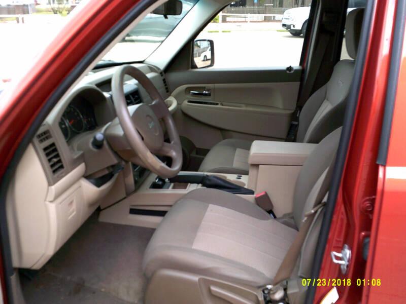 2009 Jeep Liberty 4x4 Sport 4dr SUV - Center Line MI