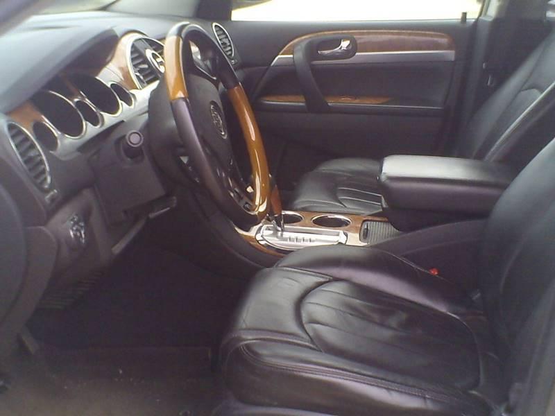 2010 Buick Enclave AWD CXL 4dr SUV w/1XL - Center Line MI