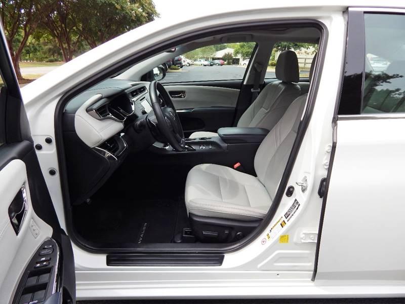 2013 Toyota Avalon XLE Touring 4dr Sedan - Williamsburg VA