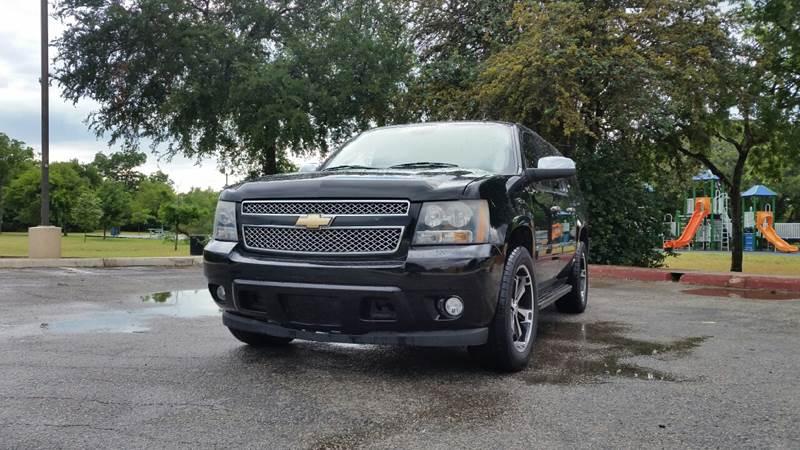 2011 Chevrolet Suburban 4x2 LTZ 1500 4dr SUV - San Antonio TX