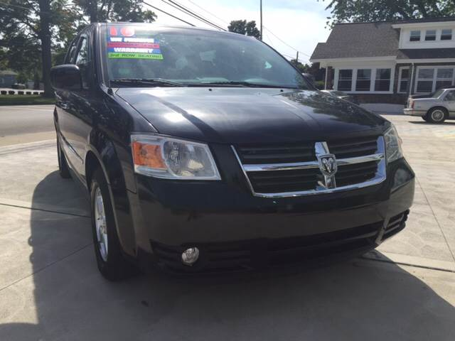 2010 Dodge Grand Caravan Sxt 4dr Mini Van In Conneaut Oh Intown